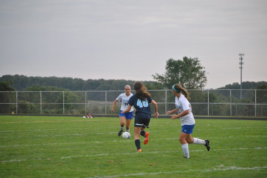 Soccer Results and Girls' Soccer Photos