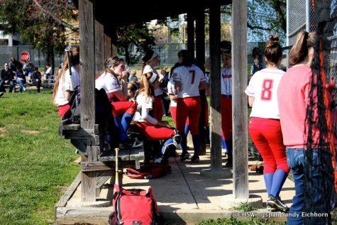 Varsity Softball Defeats Wilde Lake