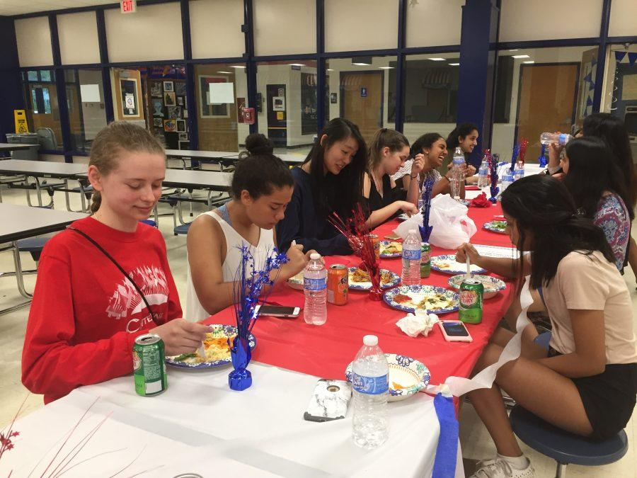 Centennial's Model UN Celebrates Year with Banquet