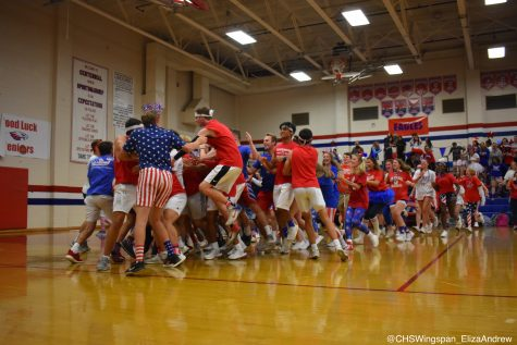 Seniors Dominate In Centennial's First Ever Men's Volleyball Game